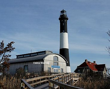 Fire Island Lighthouse w/lens building