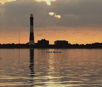 Fire Island Lighthouse w/lens building_Sunrise